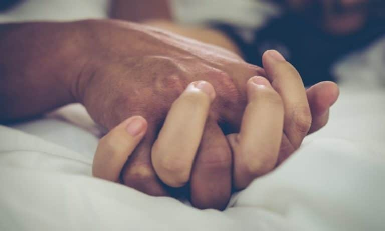 Read more about the article פער האורגזמה: פתרונות לשיפור ההנאה המינית